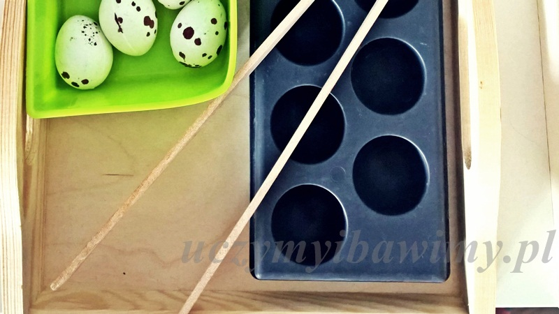 Metoda Montessori i szczypce