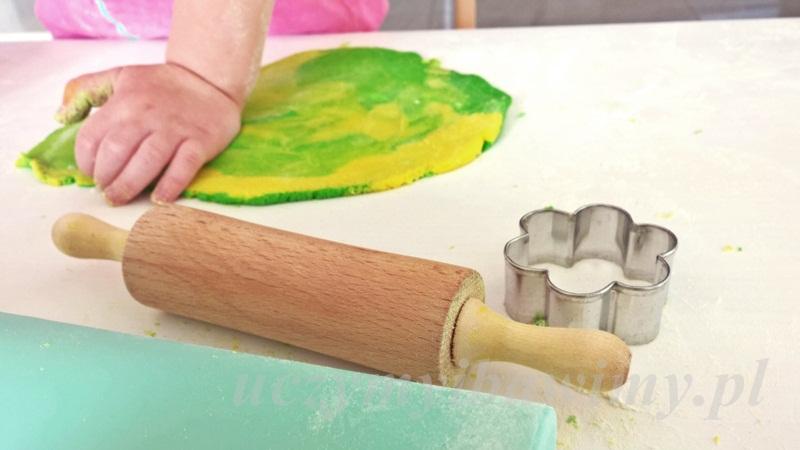 Zabawy - sensorycznie - przedszkolak