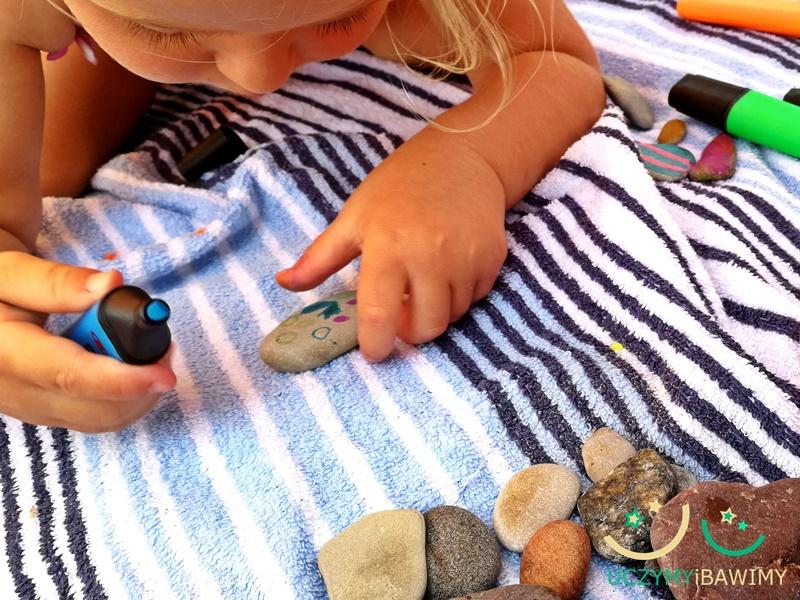 Co robić z dzieckiem na plaży?