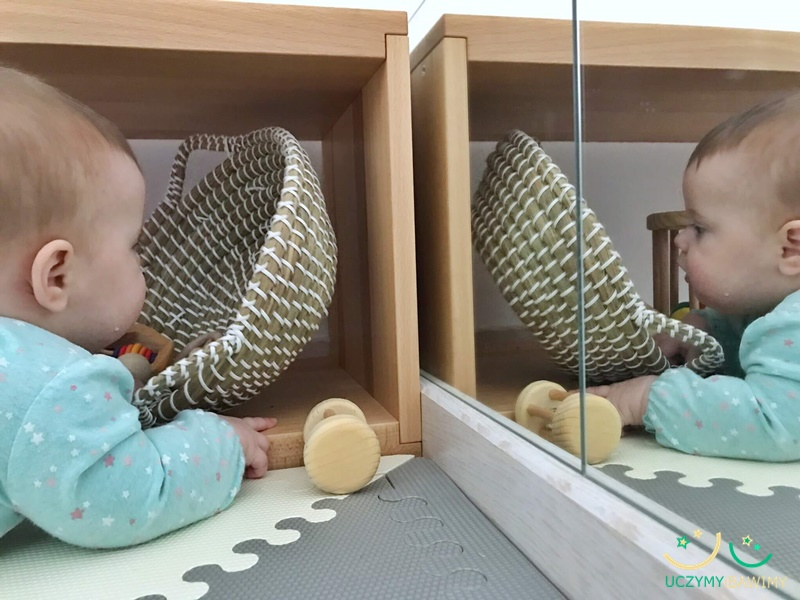 low-shelves-montessori