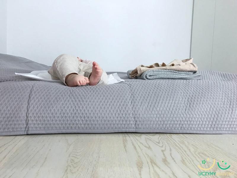 futon-lozko-dla-dziecka