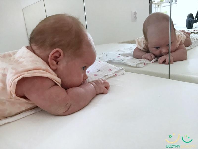 lustro-w-pokoju-dziecka
