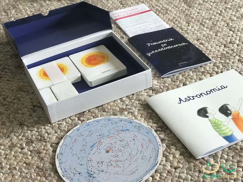 astronomia-biblioteczka-montessori