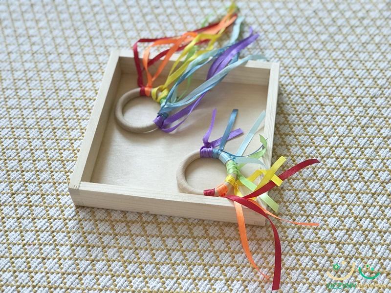 zabawki-dla-niemowlat-montessori