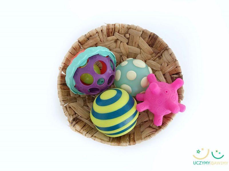 pilki-sensoryczne-niemowle